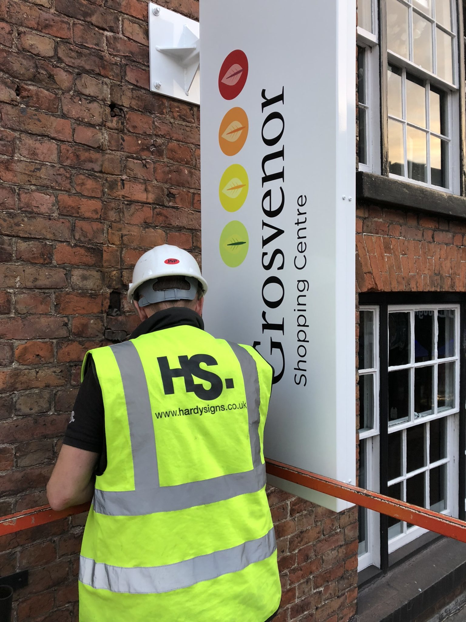 Grosvenor Shopping Centre | Indoor/outdoor Signage | Hardy Signs